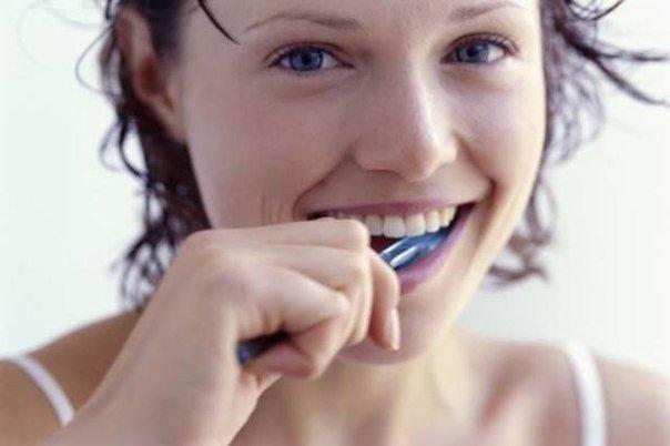 Много спермы в рот глотаем
