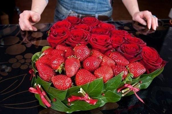 Оригинальные подарки из роз