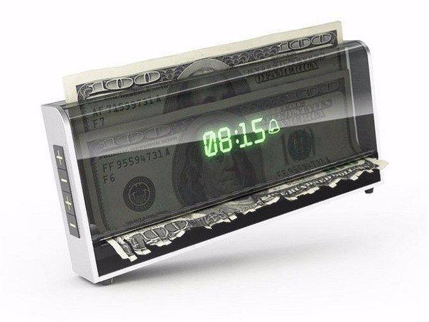 Многие портативные счетчики банкнот имеют функцию суммирования и фасовки.
