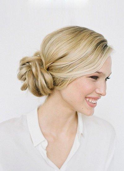 стрижки на средние волосы с фото и описанием