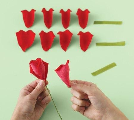 Розы своими руками легкие