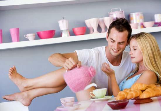 Эротическое фото когда приносят завтрак фото 205-799