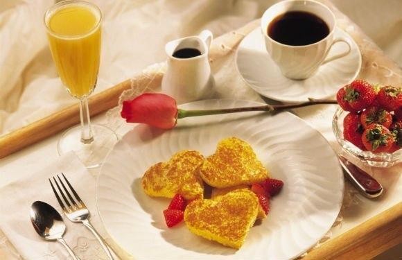 Эротическое фото когда приносят завтрак фото 205-111